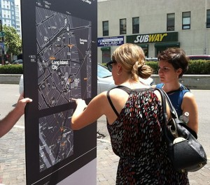 transportation201301wayfinding-nyc-maps-people